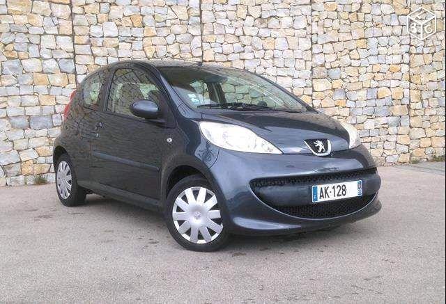 Peugeot 107 1.4 HDI TRENDY 3P