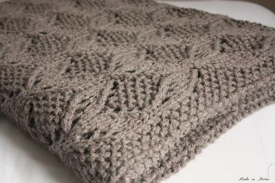 Made in Accueil: Latte {} Knitting