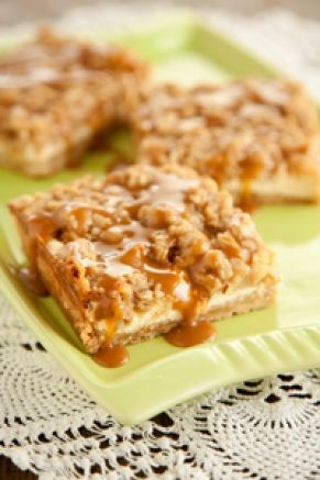 The Deen Bros. Lighter Caramel Apple Cheesecake Bars — Jamie and Bobby Deen — Recipes, Blogs, Podcast and VideosS'More Bar, S'Mores Bar, Cheesecake Bars, Apples Cheesecake, Dinner Ideas, Streusel Tops, Pauladeen, Paula Deen, Caramel Apples