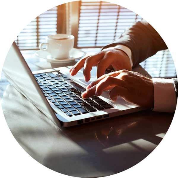 DESENVOLVEMOS PÁGINA DE INTERNET: Todo e qualquer Negócio deverá evidenciar uma presença na Internet mais objetiva e focado na divulgação e promoção. Deve ter um Sítio com Informação Estratégica da Marca e dos seus Produtos e/ou Serviços: Website Institucional Catálogo de Produtos Loja Online