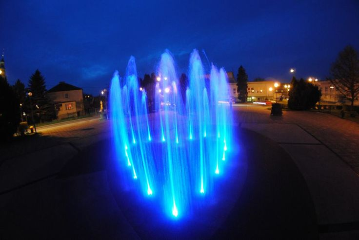 #LightItUpBlue in #Radlin! :)