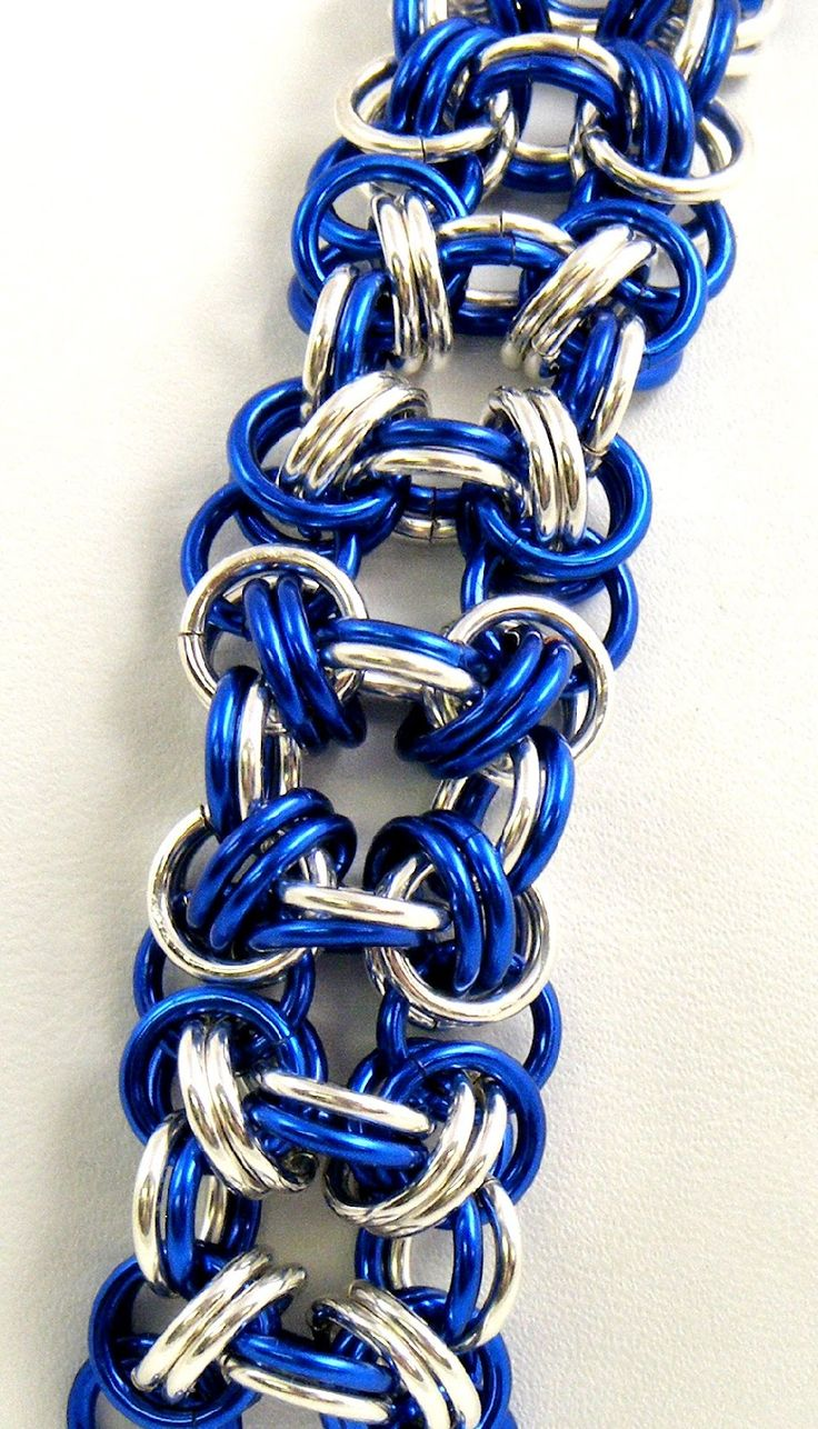 Sweet Freedom Designs: Blue and Silver Chainmaille Bracelet