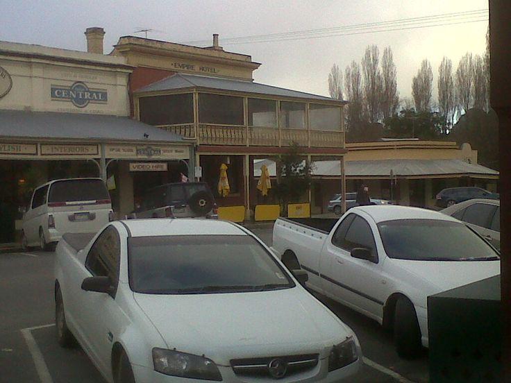 Beechworth near Wangaratta, where I bought some wonderful honey.