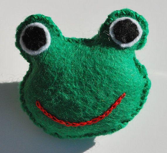 Bekijk dit items in mijn Etsy shop https://www.etsy.com/nl/listing/255337181/dieren-broche-vilten-broche-vilten