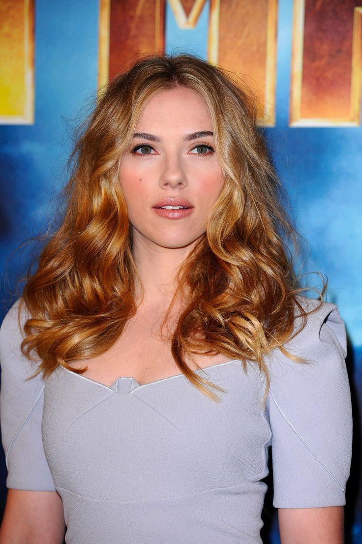 le blond miel dor de scarlett johansson colorations cheveux pinterest coiffure blonde. Black Bedroom Furniture Sets. Home Design Ideas