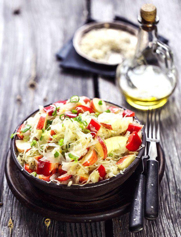 Salát z kyselého zelí , Foto: RAW pro zdraví a krásu