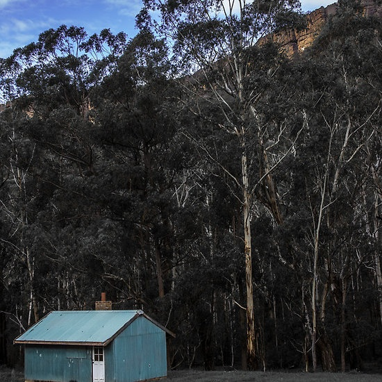 The Little Blue House, Newnes