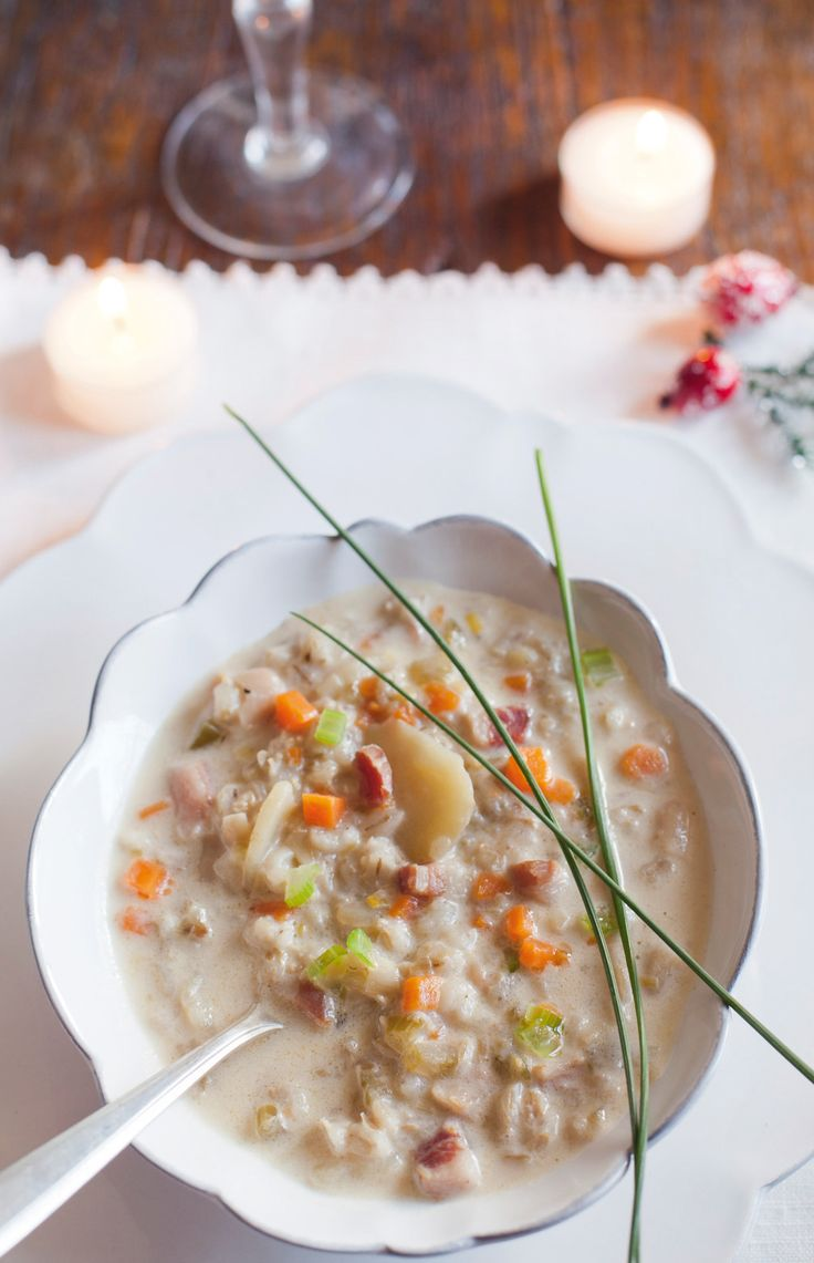 La zuppa d'orzo con carne secca grigionese è un piatto nutriente e gustoso. Prova la ricetta di Sale&Pepe.