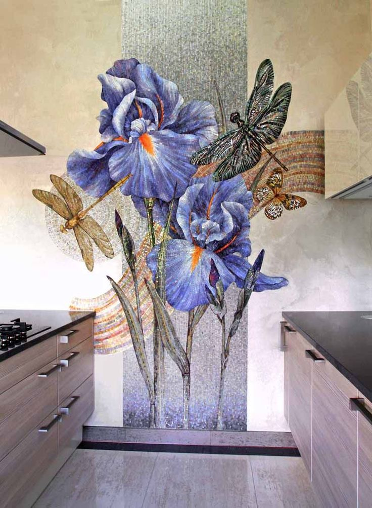 Mosaic Iris Panel in a kitchen - photo from artmonument.ru ...artist's name not given...