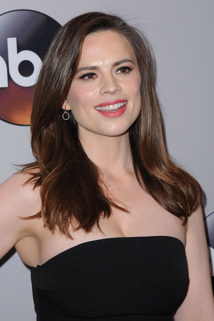 Hayley Atwell attends 2016 ABC Upfront at David Geffen Hall on May 17, 2016 in New York City.
