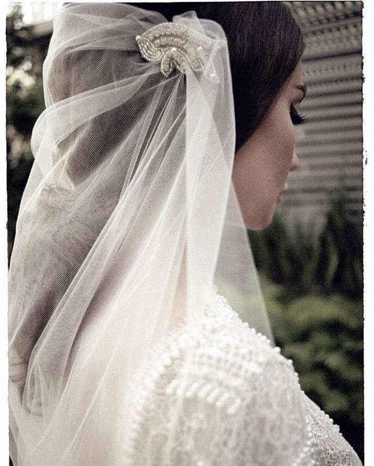 """В продолжении спецпроекта """"Свадьба мечты"""" основательница центра красоты IP Med Spa Инна Пинчук раскрывает бьюти-план подготовки к свадебному торжеству и рассказывает о своей свадьбе мечты. Читайте на vogue.ua @conceptbride #conceptbride #wedding #weddingdress"""