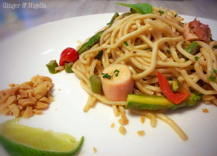 thai noodles i piccoli piaceri di profumi lontani