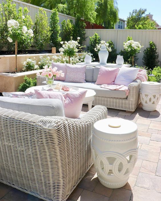 Via Refresh You Patio With Color Beach Pretty Patiofurniture Patiodesign