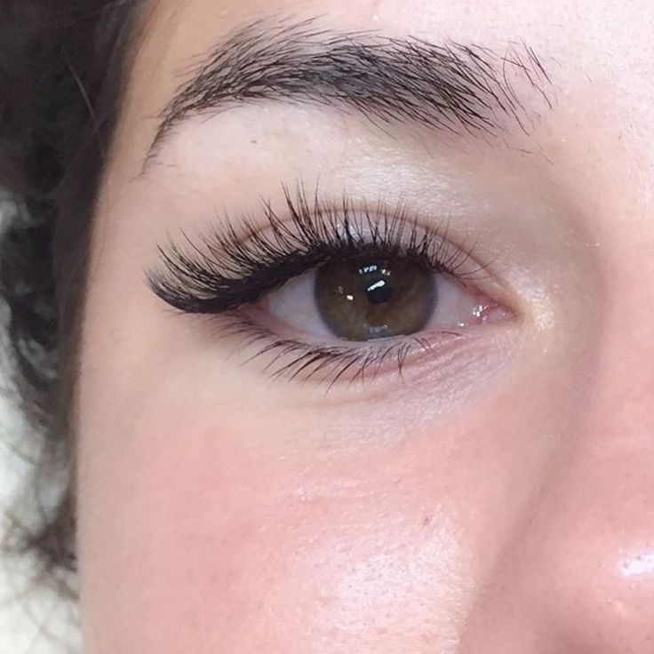 how to cut eyelash extensions