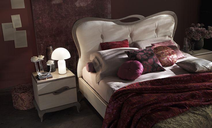 #letto #camera #zonanotte #comfort #funzionale #tradizionale #legno #mobile #armadio #fasolin #arredamento  Camera da letto Fasolin. Modello Trèsor Notte