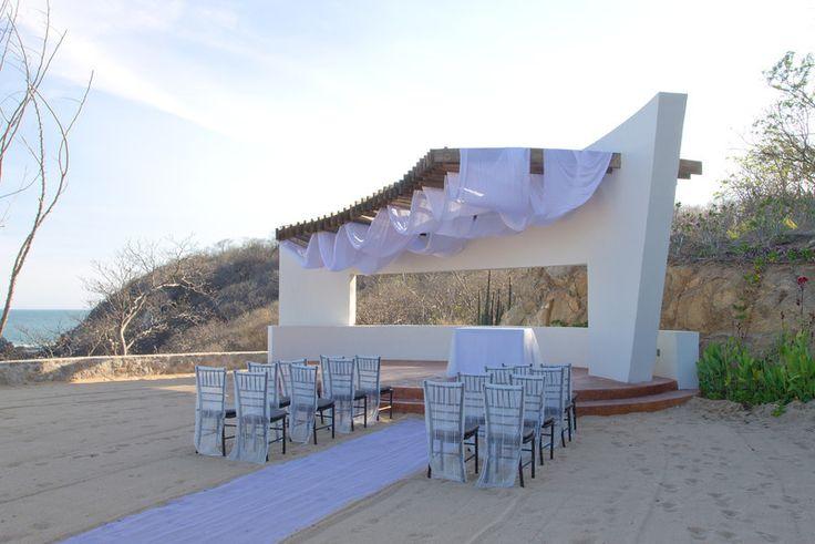 The gazebo's unique architecture will amaze all in attendance. #SecretsHuatulco