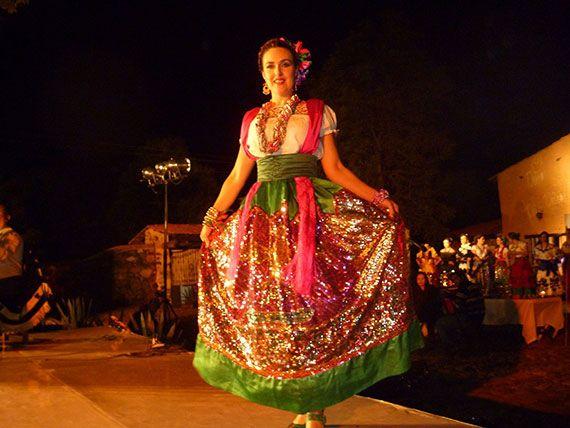 Vestimenta Tipica De Mexico | El legado de su vestuario ha trascendido fronteras y se ha convertido ...