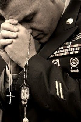Prayer - love this pic ... (pray for them -- our heroes across the globe who protect us, our freedoms.) God bless our armed forces! God bless America!