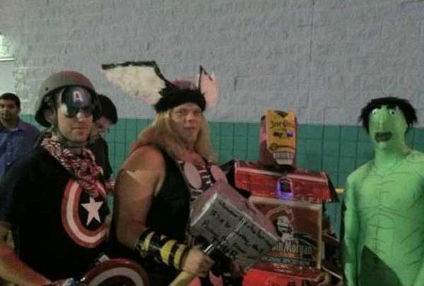 Bad Avengers cosplay http://cosplay.octo.pw/bad-cosplay-bad-funny/