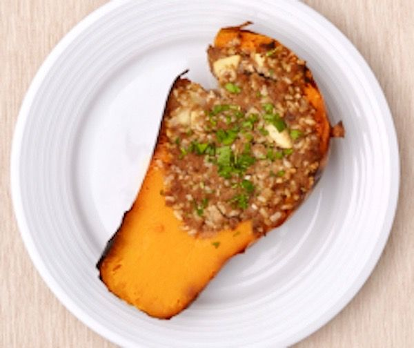 Super Stuffed Squash, only 631 calories per serving!! This is 2016 Healthy Lunchtime Challenge Cookbook winning recipe from Michigan!! #Healthy #GlutenFree #Nutritious #Veggies #Protein