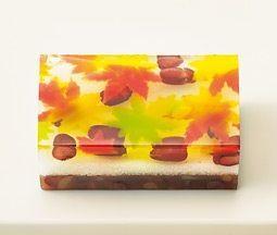 日本人のおやつ♫(^ω^)(秋向き) Japanese Sweets 秋らしいモチーフ和菓子 錦秋 Kinshū - Autumn with beautiful coloured leaves