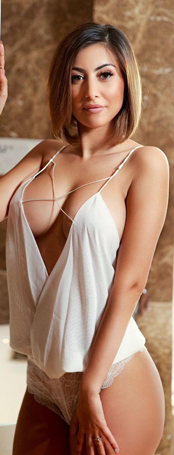 gwen garci nude boobs
