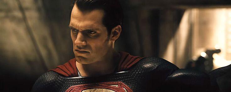 Aço aterroriza o Cavaleiro das Trevas em novo teaser de Batman vs Superman - A Origem da Justiça Homem de Aço aterroriza o Cavaleiro das Trevas em novo teaser de Batman vs Superman - A Origem da Justiça - Pesquisa Google