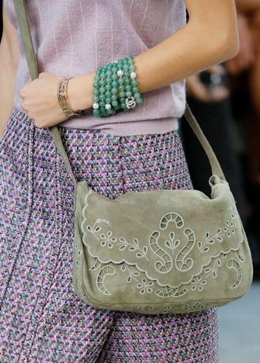 Borse Chanel primavera estate 2015: Make Fashion Not War borse Chanel primavera estate 2015 ricami