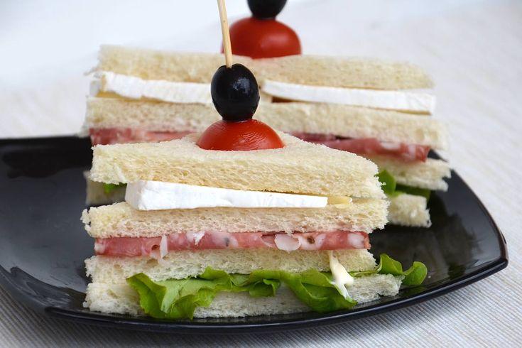 Tramezzino al salame, scopri la ricetta: http://www.misya.info/ricetta/tramezzino-al-salame.htm