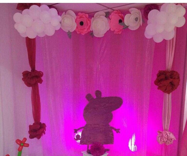 49 best decoraciones con flores de papel images on for Papel de decoracion