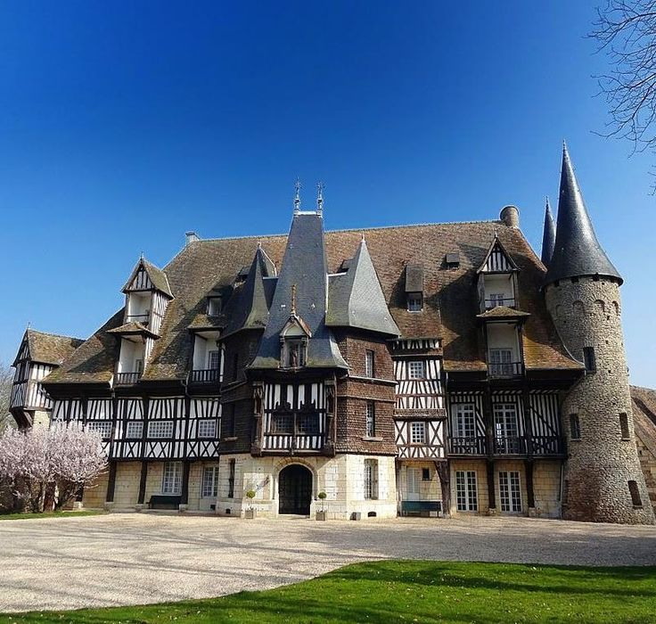 10812 best La France - cu0027est tout ! images on Pinterest Castles