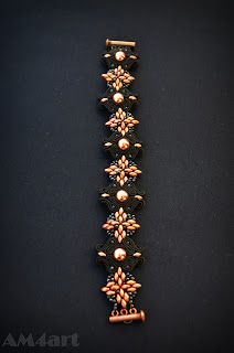 Bransoletka czarno - miedziana wykonana metodą haftu SUTACHE, elementy z koralików SuperDuo
