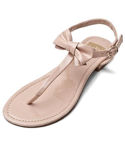 bow sandals....cute!