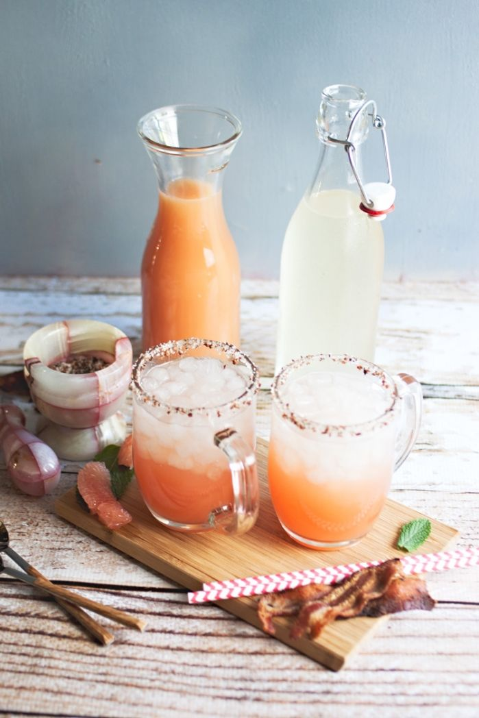 Salty Dogs with Bacon-Infused Vodka | Mom de Cuisine