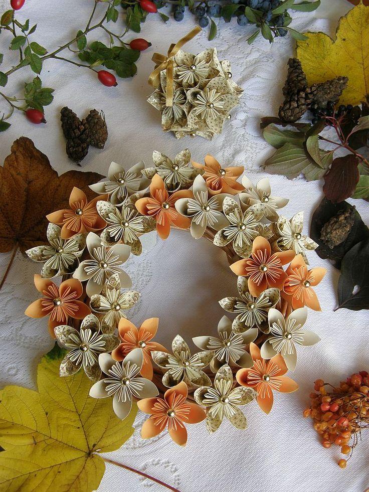 Origami kusudama paper wreath. Handmade. Autumn. Italian paper with golden powder.  #origami #kusudama #paper #wreath #handmade