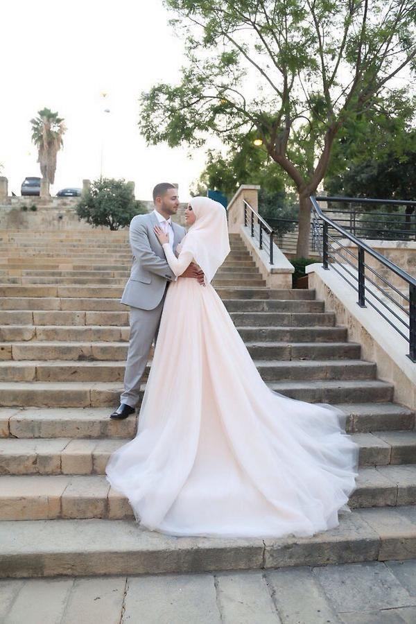 صور زفاف رائعة صور متزوجين صور فرح صور عريس وعروسة صور عرس صورة عروسة طرحة بيضاء Muslim Wedding Dresses Muslim Brides Muslim Wedding