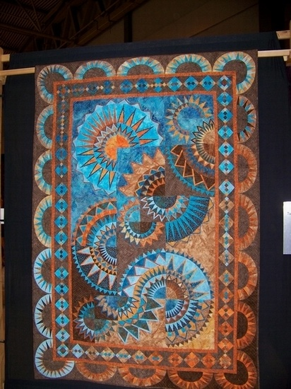 """Mexican Sunset"" by Claudia Pfeil (posted by Borderline Quilter to APQS board)"