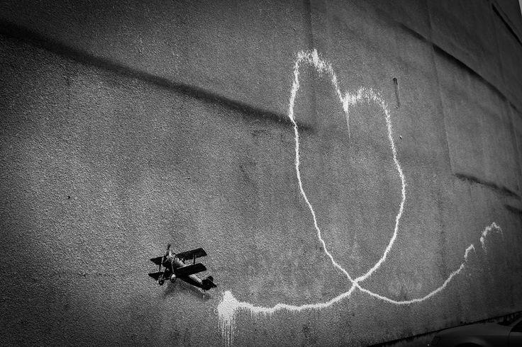 Love plane | Banksy