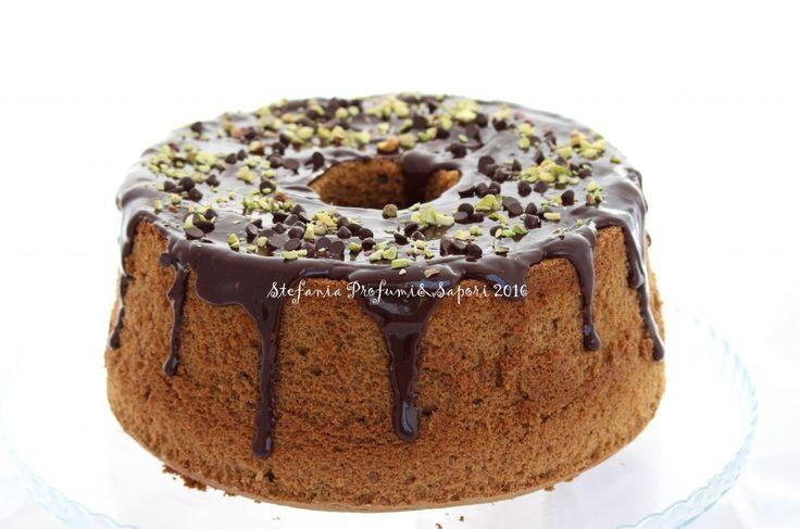 Chiffon cake al caffè con glassa al cioccolato
