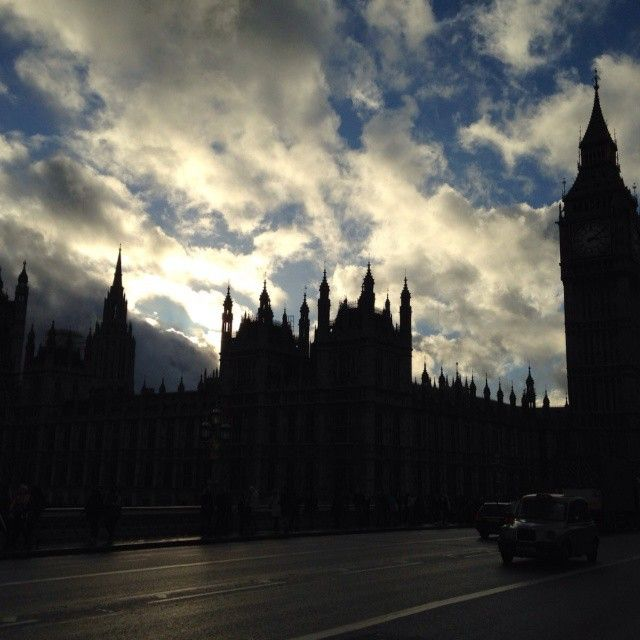and to brighten up the #weekend ! our partner just sent us much love from #london (where we aim to be starting the second half of 2016). A lot of #love , #plans & #dreams. We'll switch off now  #lapetitemort #excited #picoftheday #joy #sky #bigben #nofilter