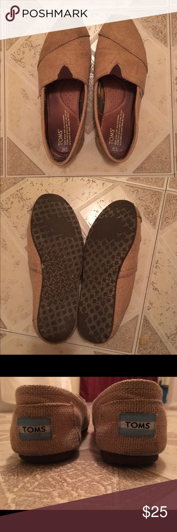 Women's Burlap Toms In great condition, only worn a couple of times ! TOMS Shoes