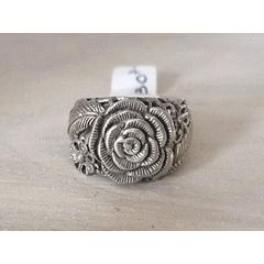 925 SILVER ROSE FLOWER RING SIZE 8.5 for R330.00