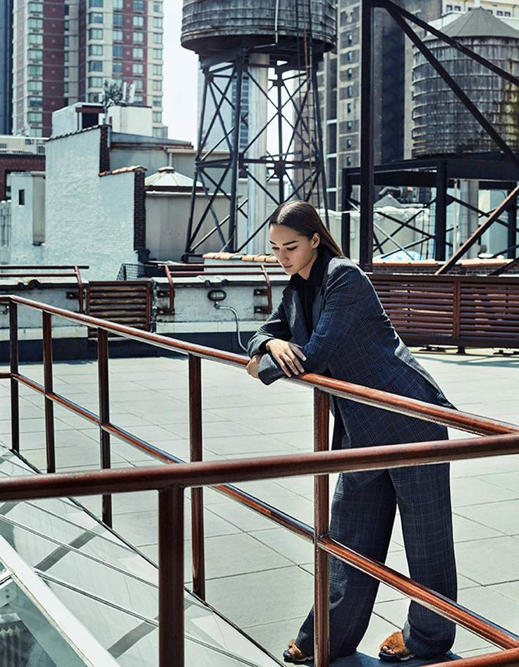 "Grazia Italy Editorial ""Hear it from New York"" shot by the fashion photographer Xavi Gordo represented by 8AM -  8 Artist Management 04 