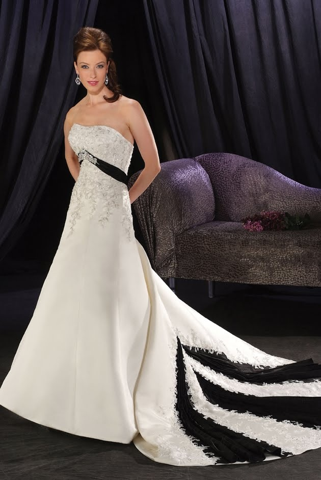 Fantasy wedding dresses off the runway tj