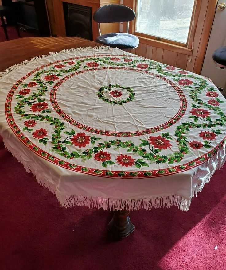 Vintage Christmas Tablecloth Poinsettia Holiday White Red ...