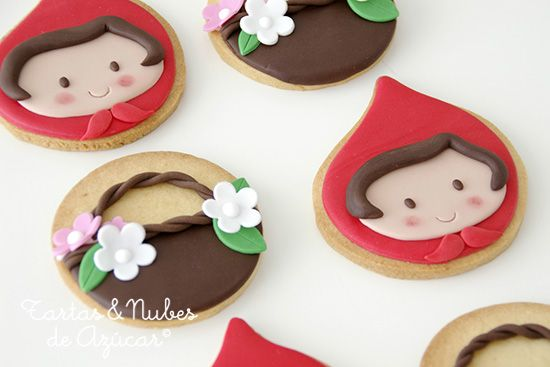 Cookies and cake: Little red riding hood by tartas & nubes