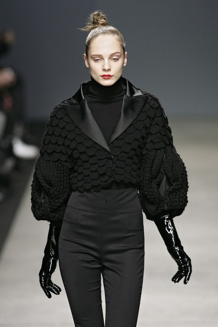 Iceberg F/W 2009  | Knit | Knitwear |  runway | catwalk | high fashion | tricot