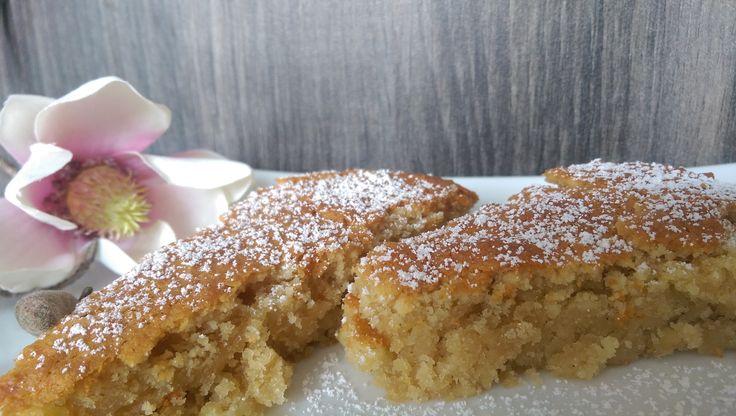 Spanischer Mandelkuchen von suggaraddict. Sieht lecker aus :)