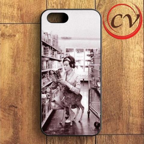Audrey Hepburn And Her Pet iPhone SE Case