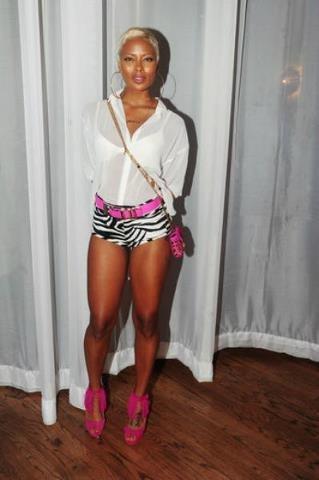 black girls in short shorts